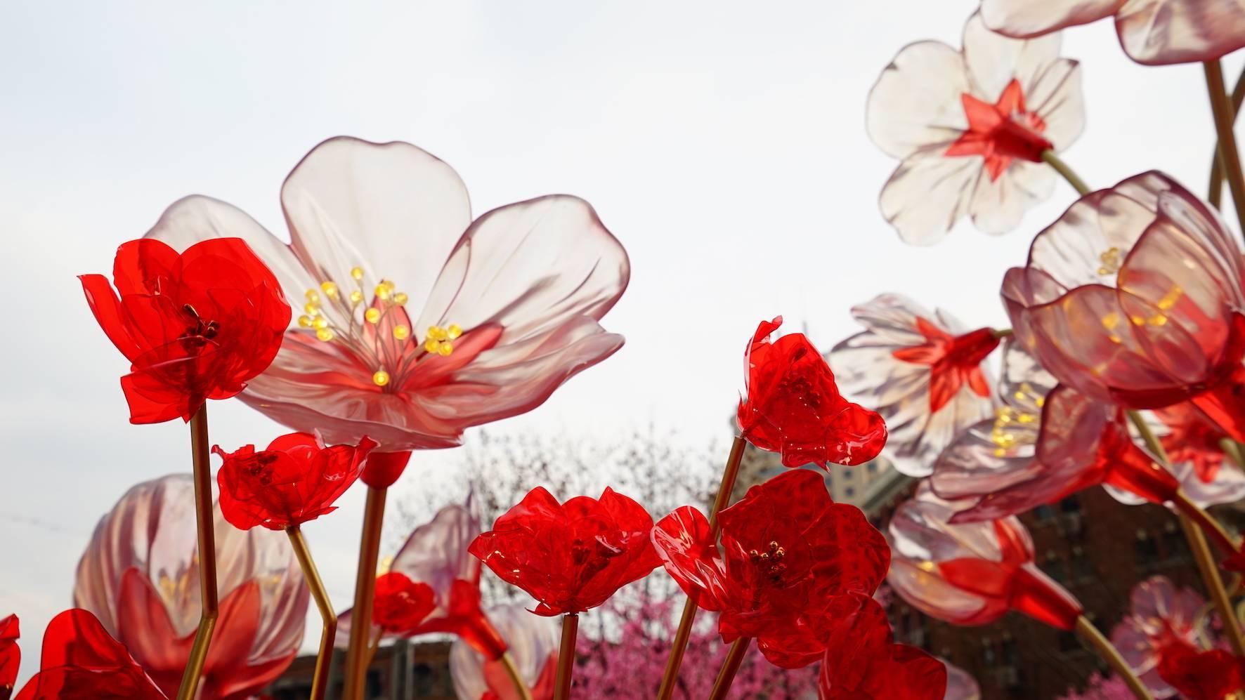 上海恒隆广场美陈设计新年美陈