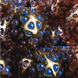 C4D宝石金属密集球体模型